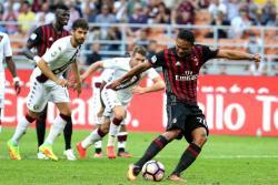 Carlos Bacca marcó tripleta en triunfo del Milán en la Serie A
