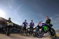 Nairo Quintana cambió la bicicleta por las motos