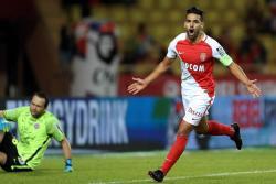 Falcao reapareció tras su lesión con gol en triunfo del Mónaco 6-2 contra Montpellier