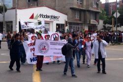 Estudiantes de la UIS marcharon este jueves por el Hospital Universitario de Santander