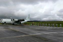Con calle de honor despidieron a bolivianos víctimas de accidente aéreo