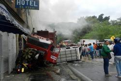 Video registró al tractocamión antes de ocasionar el accidente