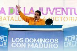 """Maduro dijo que recibe con brazos abiertos a colombianos que """"migran en masa"""""""