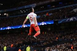 Así fue el doblete de Falcao en la derrota 5-3 contra el Manchester City en Champions