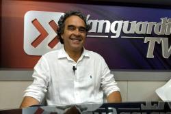"""Fajardo denuncia en Bucaramanga que la """"corrupción compró la moral en Colombia"""""""