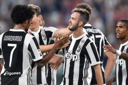 Con Cuadrado en la cancha, Juventus goleó 4-0 al Torino en el Derby della Mole