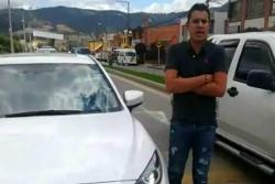 Video registró a hombre que atropelló a la mujer que le reclamó por un choque
