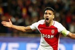 Con gol de Falcao, Mónaco ganó 2 a 0 al Caen