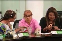 Concejalas se arreglaban las uñas en plena sesión en Bucaramanga