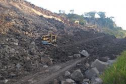 Sin posible fecha de reapertura, continúan trabajos en la vía a Barrancabermeja