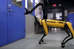 Así luce SpotMini, el perro robot que abre puertas