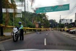 Sicarios asesinaron a dos personas en plena vía de Medellín: esto es lo que se conoce