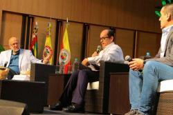 Esto dijeron en Bucaramanga Daniel Samper Pizano y Matador de los candidatos presidenciales