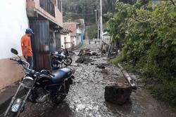 Cinco viviendas inundadas tras desbordamiento de quebrada en San Andrés, Santander