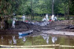 Retornan a sus hogares las familias reubicadas tras derrame de crudo en Barrancabermeja