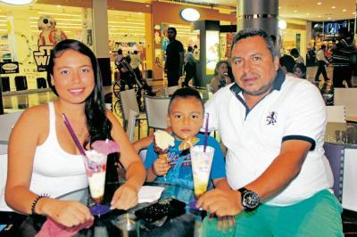 Andrea Katherine Jaimes Villalobos, Andrés Felipe Jaimes y Víctor Orlando Jaimes.