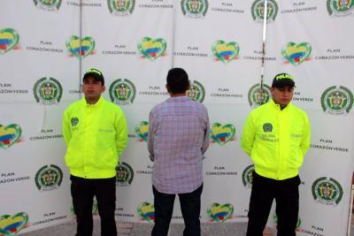 Alias 'Armando Ávila' no alcanzó a gozar de la libertad, pues fue detenido por uniformados de la Sijín del Magdalena Medio.