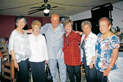 Cecilia Jiménez Mantilla, Yolanda Silva de Acosta, Víctor Gabriel Martínez, Margie Forero Gómez, Cecilia Reyes de León y Bertha Gómez de Rodríguez.