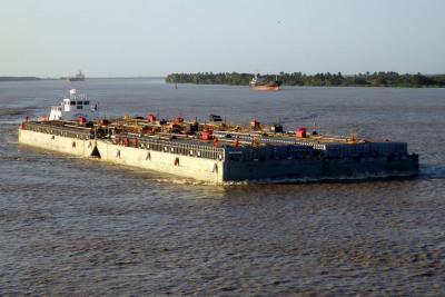 Los trabajos en el río Magdalena le darán mayor ancho de navegación y profundidad en puntos críticos de los trayectos, que hacen que la operación se tenga que dividir en barcazas.
