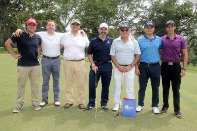 Takashi Miyoshi, Ricardo Alvira, Darío Clavijo, Juan Carlos López, Héctor Hernández, Héctor Andrés Hernández y José Pablo Cadena.