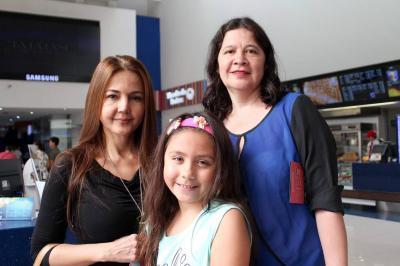 Olga Zolano, Mariana Flórez Y Silvia Flórez.