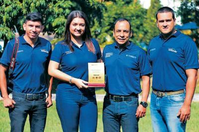 Suministrada / VANGUARDIA LIBERAL Víctor Zambrano Mendoza, Paula Andrea Arbeláez Méndez, Jhon Jairo Velásquez Ariza y David Valenzuela Gómez.