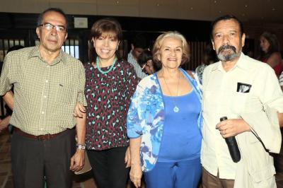 Luis Martínez, Mery de Martínez, Zorayda Bello de Martínez y José Martínez.