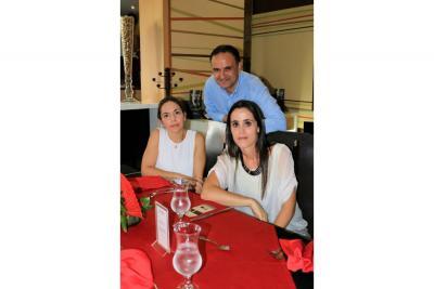 Maite Mohetano, Loreto Tavernero y Eduardo González.