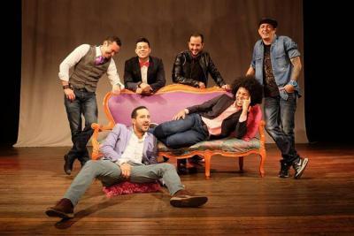 Vanguardia.com lleva a uno de sus seguidores a la función del 'Six Pack de la comedia'.