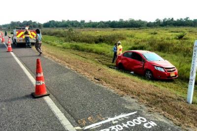 Ayer, cuando regresaba de la vereda Sabaneta, el concejal sufrió un accidente de tránsito que hizo que su carro se saliera de la vía.