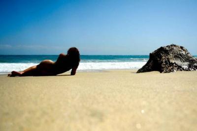 Boca de Saco, en Santa Marta, es la única playa nudista de Colombia.