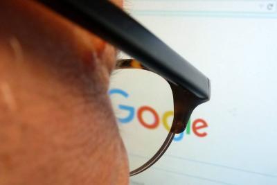 Google anunció cambios para que resultados de búsquedas no sean falsos o engañosos