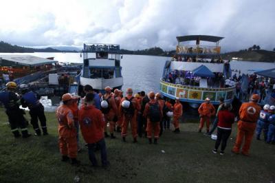 Se reanudan las labores de rescate de 15 desaparecidos en Guatapé este lunes
