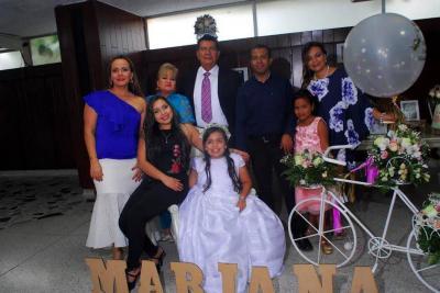 Mariana Bahamón Angarita, Adriana Bahamón, Victoria Araque, Luis Angarita, Elkin Díaz, Lucía Angarita y Sara Díaz.