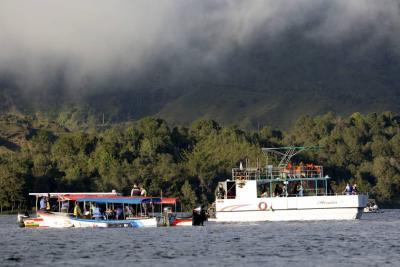 Todavía están desparecidas dos turistas de 35 y 63 años.