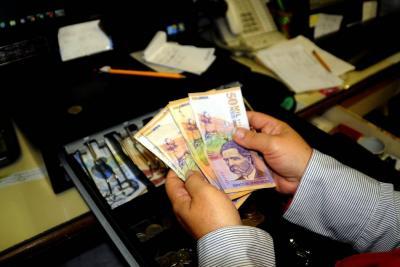 Los usuarios del sistema financiero no toleran que les cambien las condiciones de los contratos ya firmados.