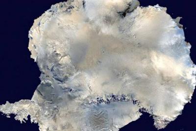 Debajo de la Antártida encontraron 91 volcanes
