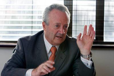 Arturo Calle desmintió que haya despedido a 400 personas en ocho meses
