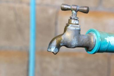 Anuncian corte de agua en dos barrios de Bucaramanga
