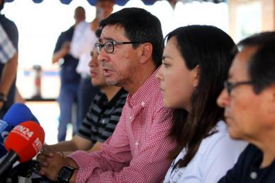 Familiares de los periodistas ecuatorianos asesinados rechazaron la forma en la que las autoridades colombianas han manejado el proceso.