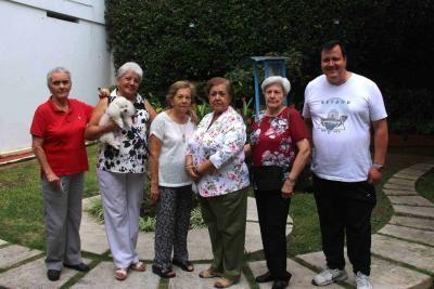 María de Durán, Lula Blanco, Eugenia Díaz, María Elena Ardila, Matilde de Flórez y Gustavo Flórez.