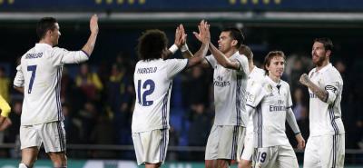 Real Madrid venció 3-2 al Villarreal y recuperó el liderato