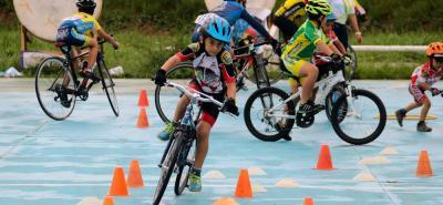 El semillero del ciclismo santandereano se congregó ayer en el velódromo Alfonso Flórez Ortiz en Bucaramanga para tomar parte del Festival organizado por el Club Escuela Floridablanca.