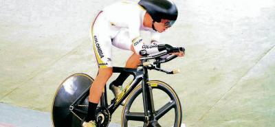 El sabanero Eduardo Estrada Celis ganó ayer el oro bolivariano en la prueba de persecución individual.