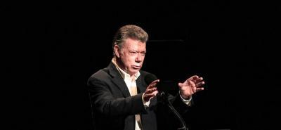 Santos defiende curules en el Senado colombiano para víctimas del conflicto