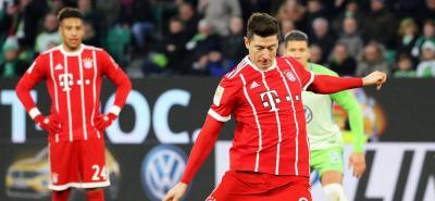 Sin James en la cancha, Bayern logró victoria sobre Wolfsburgo