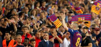 El Barcelona despidió a Iniesta con un inmenso homenaje