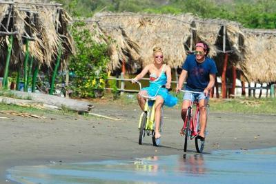 """Así suena """"La Bicicleta"""" de Vives y Shakira"""