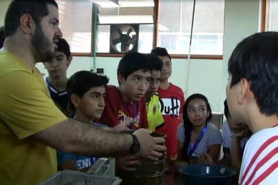 Expertos internacionales motivan a niños de Santander a realizar investigación científica