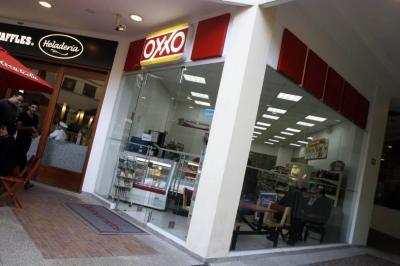 OXXO abrió este viernes ocho tiendas en Bucaramanga.
